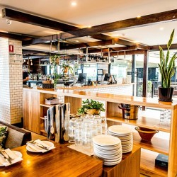 wood restaurant bar cafe Republica St. Kilda