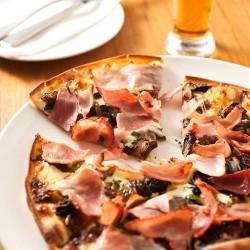 Itralian pizza fresh republica vegan vegetarian option St. Kilda